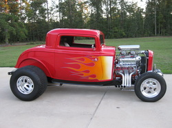 RAVON STREETRODS - 1932 and 1934 Ford coupes, roadsters, sedans and